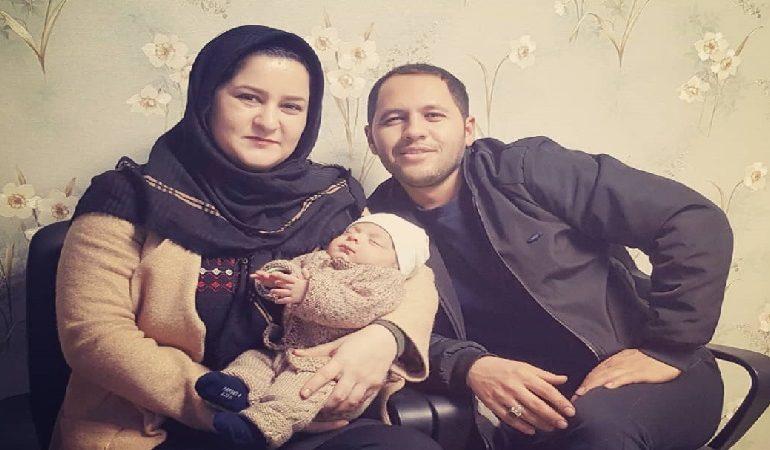 خانم سیده زهرا حسینی به همراه همسر محترم