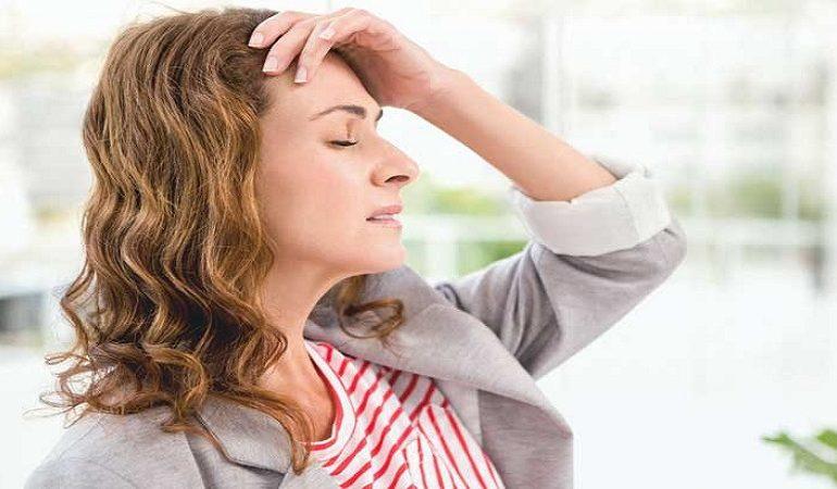 نشانه های سردردهای هورمونی را بشناسید !